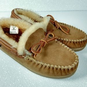 Cabela's shearling slippers women's 9